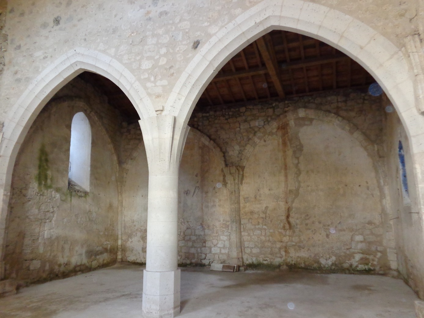 Eglise St Just Hautefage La Tour - 47